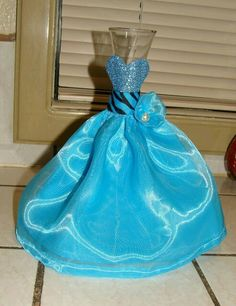 Quinceanera Party Planning – 5 Secrets For Having The Best Mexican Birthday Party Quinceanera Decorations, Quinceanera Party, Bridal Shower Decorations, Quinceanera Dresses, Sweet 16 Centerpieces, Vase Centerpieces, Ballerina Birthday, Wedding Vases, Wedding Coral