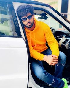 Photo Pose For Man, Cute Boy Photo, Hot Poses, Poses For Men, Punjabi Profile Pic, Mode Masculine, New Photo Style, New Instagram, Instagram Fashion