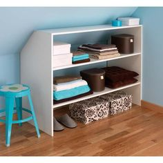 Aménagement sous-combles - Lapeyre Attic Bedroom Small, Attic Bedrooms, Attic Loft, Loft Room, Attic Storage, Cupboard Storage, Closet Storage, Closet Organization, Baby Bedroom