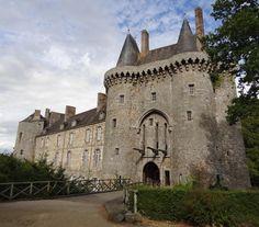 Château de Montmuran, XIIe, XVIIIe siècle - Adresses, horaires, tarifs.
