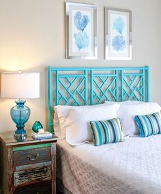 turquoise bedroom for teens (Turquoise Room Decorations) Bedroom decor ideas - Tags: turquoise bedroom decor, turquoise living room decor, turquoise room ideas, turquoise room ideas teenage House Of Turquoise, Turquoise Room, Turquoise Accents, Beach Room Decor, Beach Cottage Decor, Coastal Decor, Coastal Living, Coastal Wreath, Cottage Porch