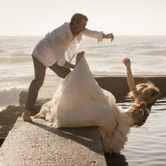 5 Wedding mishaps that will make you cringe. See it here: http://www.women24.com/Bride24/WeddingPlanning/Funny-wedding-fails-20140417