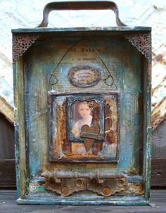 Assemblage Altered ART Moss Hill Studio WISDOM door Mosshillstudio