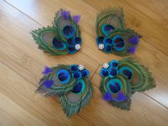 Peacock feather hair clips customizable by DressMyWedding on Etsy, $15.00 - tante miller