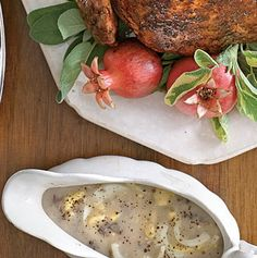 24 Thanksgiving Food Ideas With Recipes = old-fashioned-giblet-egg-gravy