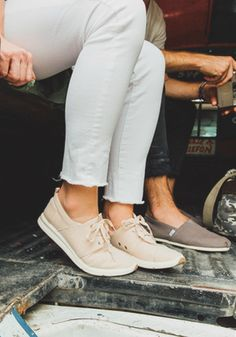 Meet the latest Women's Del Rey Sneakers for the perfect laid-back look.