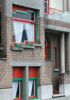 Art deco house    Woonhuis in art deco on de Wilsonstraat, nabij de Markt