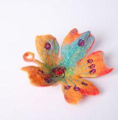 Fancy happy felt flower brooch gipsy handmade by ArianeMariane, €25.00
