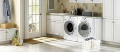 The basement laundry room doesn't have to lack style. These plenty basement laundry room ideas 2019 offer easy design for a better laundry room. Laundry Room Colors, White Laundry Rooms, Mudroom Laundry Room, Modern Laundry Rooms, Laundry Room Layouts, Large Laundry Rooms, Laundry Room Remodel, Laundry Room Cabinets, Laundry Room Organization