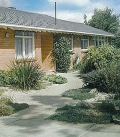 Stones, Ellis, 1971, Australian Garden Design, South Melbourne An entrance should always be inviting