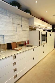 Aprenda a deixar sua cozinha organizada. Veja: http://www.casadevalentina.com.br