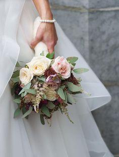22 stunning wedding bouquets for autumn brides!