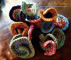 Fiber Art Reflections: hyperbolic crochet sculpture: Step-by-step. Freeform Crochet, Crochet Art, Irish Crochet, Crochet Motif, Single Crochet, Crochet Flowers, Crochet Stitches, Free Crochet, Crochet Patterns