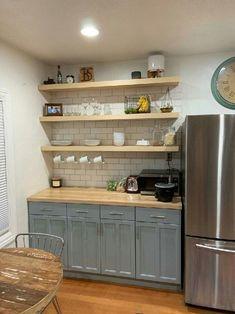 Floating Shelves Kitchen, Kitchen Shelves, Kitchen Cabinets, Open Shelves, Kitchen Backsplash, Island Kitchen, Kitchens With Open Shelving, Open Cabinet Kitchen, Custom Floating Shelves