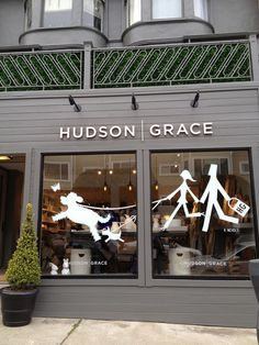 Hudson grace -vignette design: retail therapy on sacramento street. Dog Grooming Shop, Dog Shop, Design Apartment, Apartment Therapy, Retail Windows, Store Windows, Design Café, Store Design, Design Shop