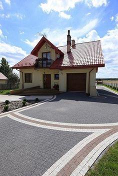 Brick Driveway, Driveway Design, Paving Design, Tile Design, Garden Wall Designs, Garden Design, Exterior Wall Design, Paver Designs, Concrete Driveways