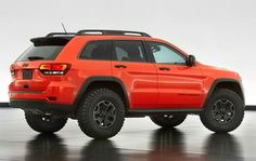 Jeep already sells the 2013 Grand Cherokee TrailHawk. Now they unveiled a concept of Jeep Grand Cherokee Trailhawk II. This beast packs and a diesel. Auto Jeep, Jeep New Suv, Mopar Jeep, Jeep Wk, Jeep Srt8, Grand Cherokee Trailhawk, 2014 Jeep Grand Cherokee, Cherokee Car, Lifted Jeep Cherokee