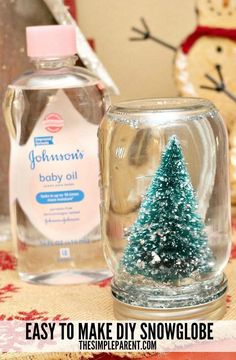 Are you ready to start decorating for the holidays? One of my favorite things about the holiday season is getting crafty with the kids. It's easy to make your own DIY Snowglobe and even the youngest kids can help! We went to and picked up a bottle Snow Globe Crafts, Diy Snow Globe, Christmas Snow Globes, Christmas Jars, Kids Christmas, Snow Globe For Kids, Kids Globe, Baby Jars, Baby Food Jars