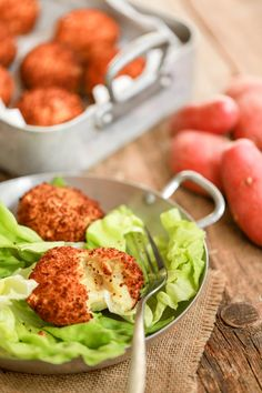 Croquettes de pomme de terre au fromage une délicieuse recette fondante Yummy Food, Tasty, Flan, Tandoori Chicken, Stew, Entrees, Food Porn, Food And Drink, Nutrition