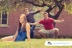 Photobombs happen! Muse Photo Design, the dynamic duo of cedar valley photographers, with a flare for awesomeness! #togswithmadskills