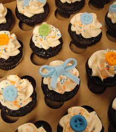 Baby Shower Button and Bow Cupcakes