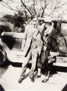 Virginia Woolf and Leonard Woolf at Cassis in 1928