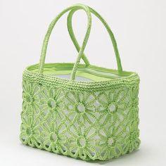 green crochet bag ♪ ♪ ... #inspiration #crochet #knit #diy GB http://www.pinterest.com/gigibrazil/boards/
