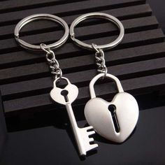 2016 Novelty Chaveiro Couple Keychain Lovers Heart Key Chain Ring Llaveros Casual Trinket Jewelry Valentine's Day Wedding Gift