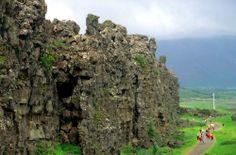 En 1928 se declara a la muralla de Thingvellir y a todo el área que la circunda Parque Nacional.