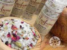 Parfume De Sel:   A very fragrant salt blend, reminiscent of fine French dishes. Delicate herbs and spices such as lavender and cardamom add aromatic nuances of flavor. Grind onto food either before or after cooking. Bottle contains 3.8 oz.