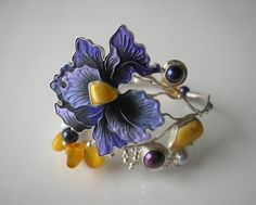 Jobs reserved. Bracelet made of 925 silver, leather, Baltic amber and cultured…