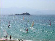 Surfing Mikri Vigla, Naxos (Greece)