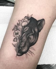 Girl Thigh Tattoos, Leg Tattoos, Body Art Tattoos, Tattoo Drawings, Sleeve Tattoos, Jaguar Tattoo, Tiger Tattoo, Mini Tattoos, Small Tattoos