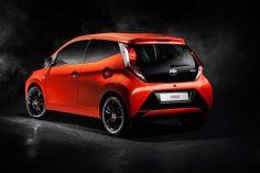 Fiquem a conhecer o novo #Toyota #Aygo, revelado no Salão Automóvel de Genebra 2014.