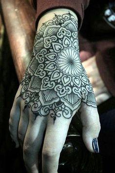 New ink I want Unique Hand Tattoos, Hand And Finger Tattoos, Mandala Hand Tattoos, Skull Hand Tattoo, Finger Tattoo For Women, Hand Tattoos For Women, Zen Tattoo, Body Art Tattoos, Tribal Tattoos