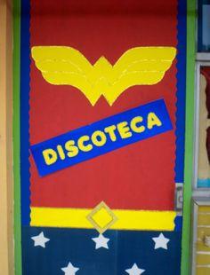 Puerta decorada de superheroes superman puertas decoradas for Puertas decoradas dia del libro