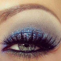 #bluemakeup #bluesparkles #blueeyemakeup #prominspo