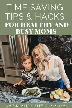 Quick Healthy Eating Hacks for Busy Moms Are you super busy and feel like you have no free time to focus on eating healthy? Me too. I get it. Who isn't?! Seriously. The good news is that you don't have to sacrifice healthy eating just because you're busy. These time saving tips can help you reach all your health and wellness goals, with time to spare. See more here! #HealthyEating #BusyMoms #MomLife #SavingHacks #SaveTime #Wellness #HealthyMom #Healthyliving Health Goals, Health Tips, Health And Wellness, Health Fitness, Womens Health Care, Womens Wellness, Weight Loss Tips, Natural Health, Healthy Eating