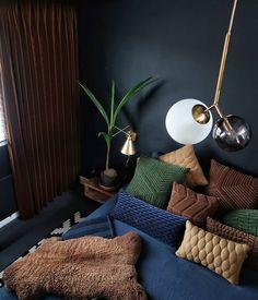 23 Clever DIY Christmas Decoration Ideas By Crafty Panda Room Design, Room Interior, Bedroom Interior, Living Room Interior, House Interior, Small Room Bedroom, Apartment Decor, Interior Design, Interior Design Bedroom