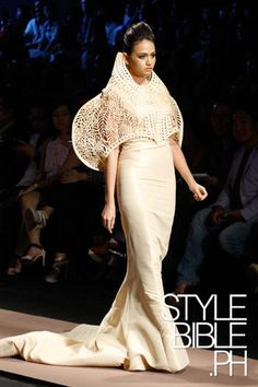 BUTZ FUENTES Philippine Fashion Week HOLIDAY 2012