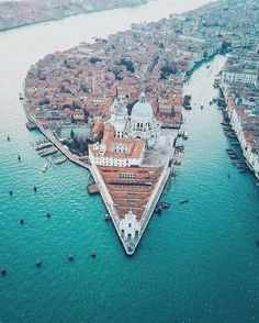 Venice, Italy, from above  [No sign of katoblpones so I guess Frank really did get rid of them all.]