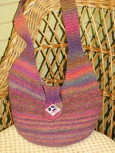 Ravelry: Felted Bucket Bag pattern by Katie Nagorney and Ann Swanson