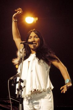 Photo of Buffy ST MARIE Buffy Saint Marie performing on stage at Country Music Festival