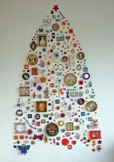 Hvorfor give 500 kr. for en skæv ædelgran, der visner om en uge, når du kan lave dit eget kreative juletræ?