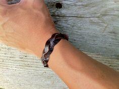 unisex leather bracelet <3