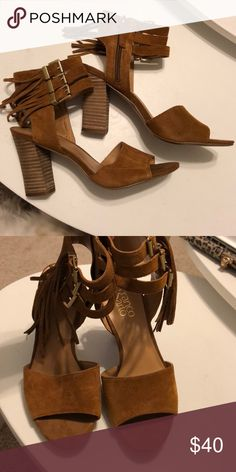 Brown chunky heel sandals SUPER CUTE! Super comfortable! PERFECT CONDITION. Gold accents. Franco Sarto Shoes Sandals