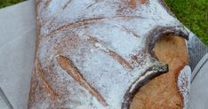 Immer wieder einmal kommt es vor, dass die Natur sich neu erfindet. Oder dass der Mensch die Natur neu findet, sprich: Neues an ihr ent... Bread Art, Recipes, Pretty Cakes, Bakery Business, Kitchens, Nature, Bakken, Dekoration
