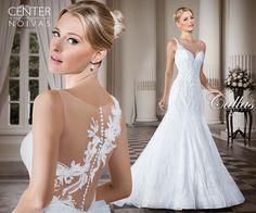 White Bridal Dresses, Popular Wedding Dresses, Pretty Wedding Dresses, Wedding Dress With Veil, Perfect Wedding Dress, Bridal Gowns, Bridesmaid Dresses, Vestidos Marisa, Amelia Sposa Wedding Dress