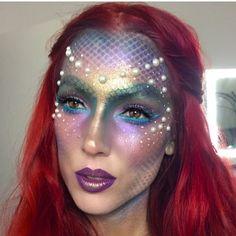"6,818 curtidas, 179 comentários - Halloween Beauty (@halloweenmakeupideas) no Instagram: ""Makeup by @elysereneau"""
