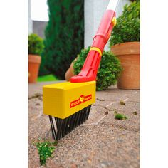 Joint Brush & Joint Scrapers | Patio Cleaning Tools | WOLF Garten Wire Joint Brush